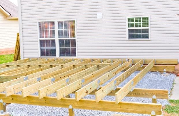 construction ossature bois terrasse