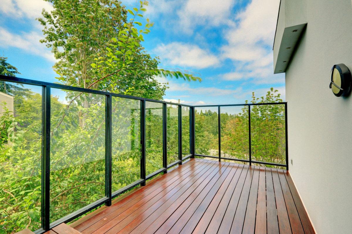 terrasse en padouk propri t s entretien et prix. Black Bedroom Furniture Sets. Home Design Ideas